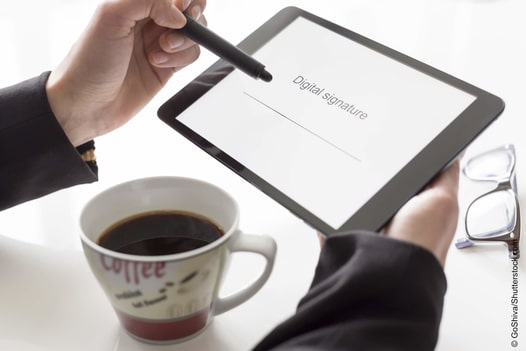 Wie Sie mit digitalen Unterschriften Kosten sparen